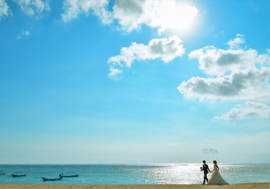 バリ島ウェディング・フォト【ビーチ】/ クタ地区マ・ジョリー【16時】