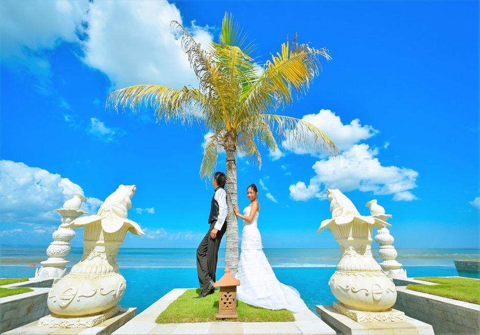 バリ島ウェディング・フォト【プール】/ザ・スミニャック・ビーチ・リゾート