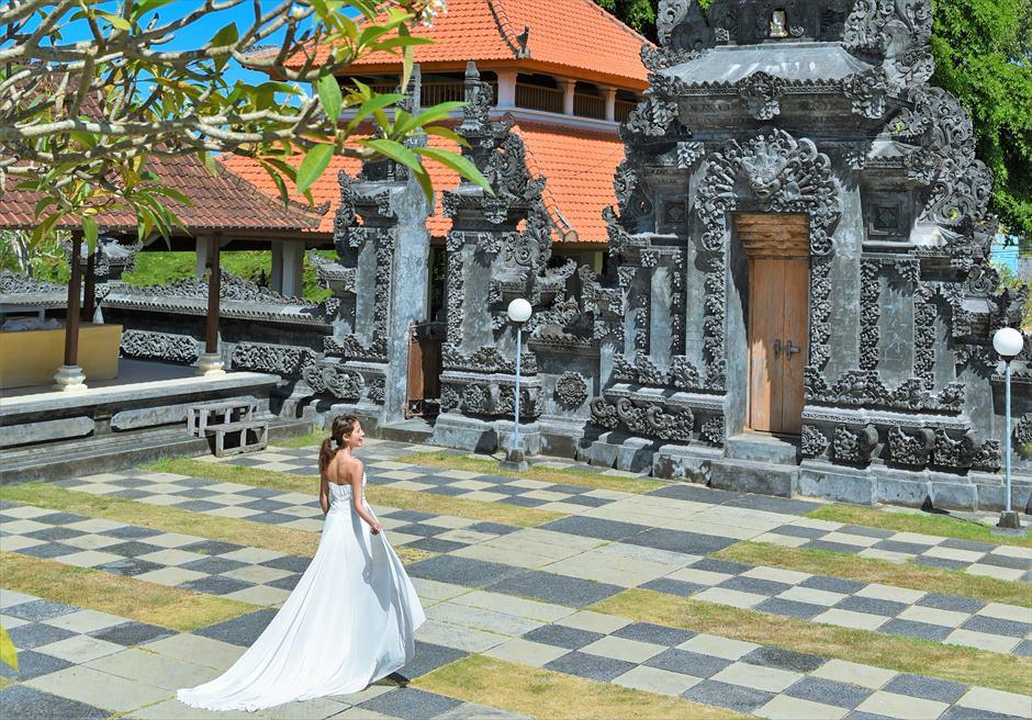 バリ島ウェディング・フォト【寺院】/ ヌサドゥア地区ヒンドゥー教寺院
