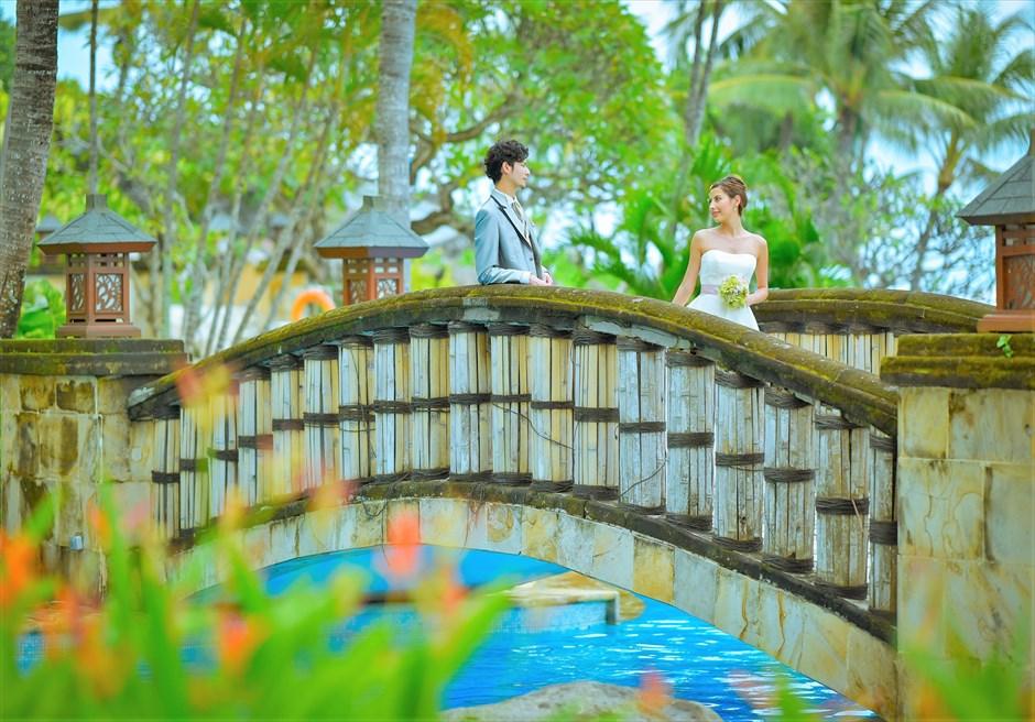 バリ島ウェディング・フォト【プール】/ ヒルトン・リゾート・バリ