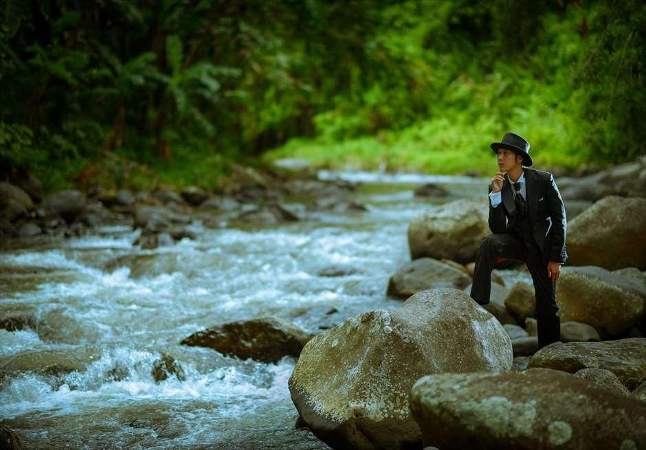 フォーシーズン・リゾート・バリ・サヤンアユン川の畔にて