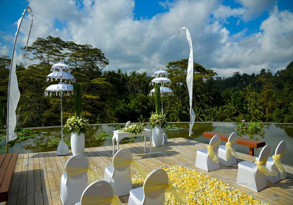 フォーシーズンズ・リゾート・サヤン サヤン・エタニティ 基本装飾 ロータス・ポンド挙式会場全景
