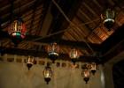 ロータス・ポンド・ルーフトップ 貸切ウェディング・パーティーステンドグラス・ランタン バレ装飾