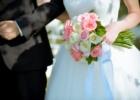 フォーシーズンズ・サヤン挙式生花のブーケ&ブートニア ピンク&ホワイト・ローズ使用例