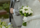 フォーシーズンズ・サヤン挙式生花のブーケ&ブートニア ホワイトローズ使用例