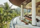 フォーシーズンズ・リゾート・バリ・サヤン ロビーからジャングルを一望する