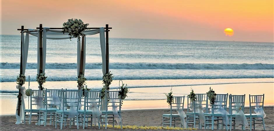 Presidential Villa Beach Wedding