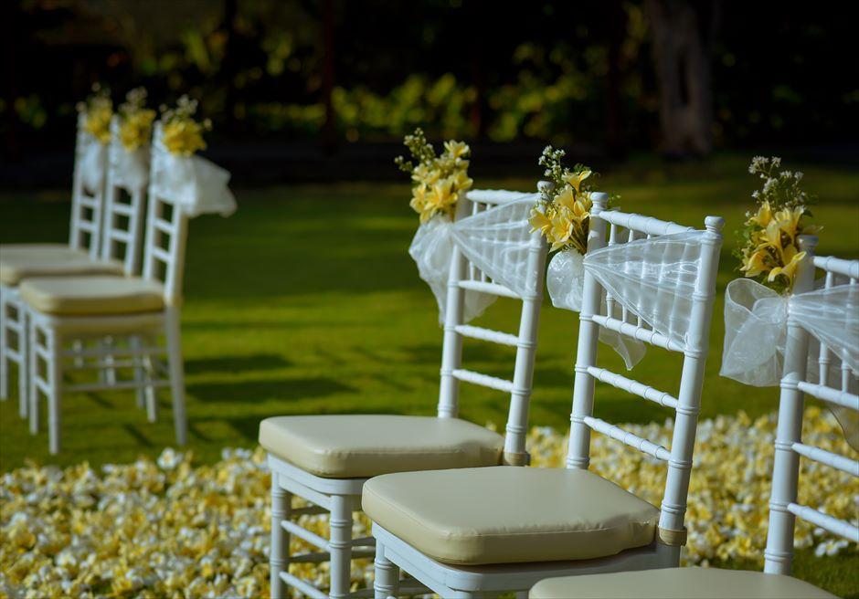 パドマ・リゾート・レギャン挙式 |ビーチフロント・ガーデンウェディング セレモニーチェア