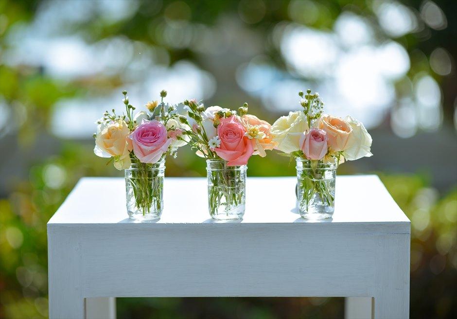 プレジデンシャルスイートヴィラ ビーチフロント・ガーデンウェディング ラスティック・スタイル基本装飾 祭壇生花装飾
