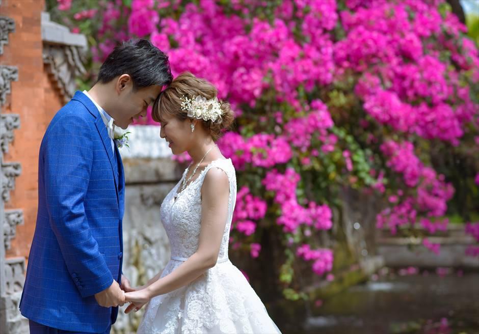 パドマ・リゾート・バリ・アット・レギャン花々が咲き乱れる美しいガーデン