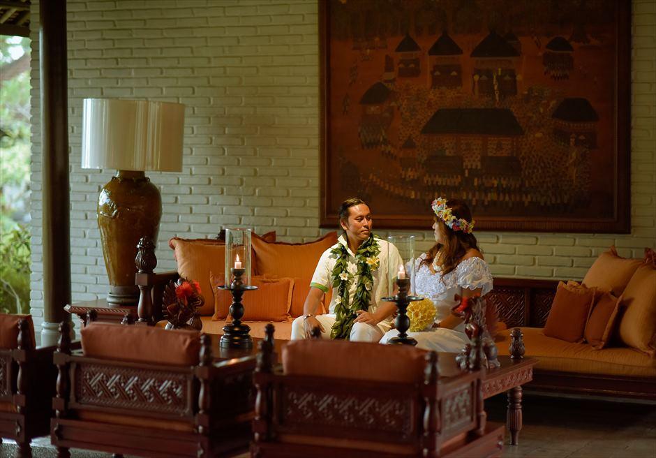 タナ・ガジャ・リゾート・バイ・ハディプラナロビーにて挙式前撮影
