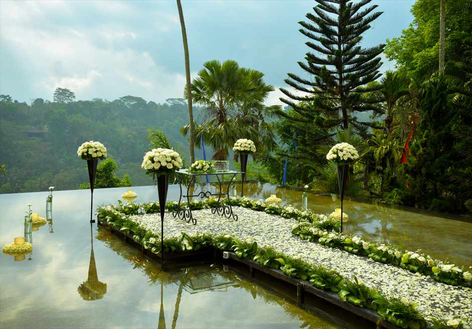 Kupu Kupu Barong Villas&Tree Spaクプ・クプ・バロン・ヴィラズ&ツリースパ