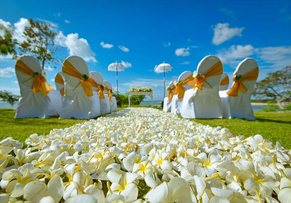 フォーシーズンズ・ジンバラン・バリ・ウェディング ジンバラン・ガーデン挙式