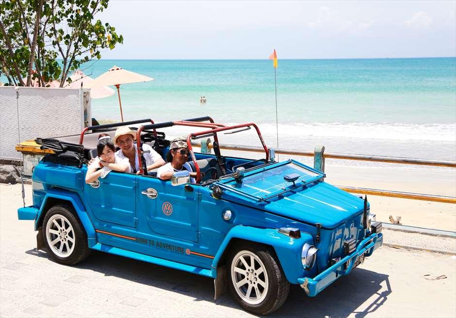 ブレス・バリ・オリジナル オール・ブルー・イン・アスティナ・チャペル<br /> ジンバランビーチ ウェディングフォトーツアー(送迎をオープンカーに変更 別途追加代金)