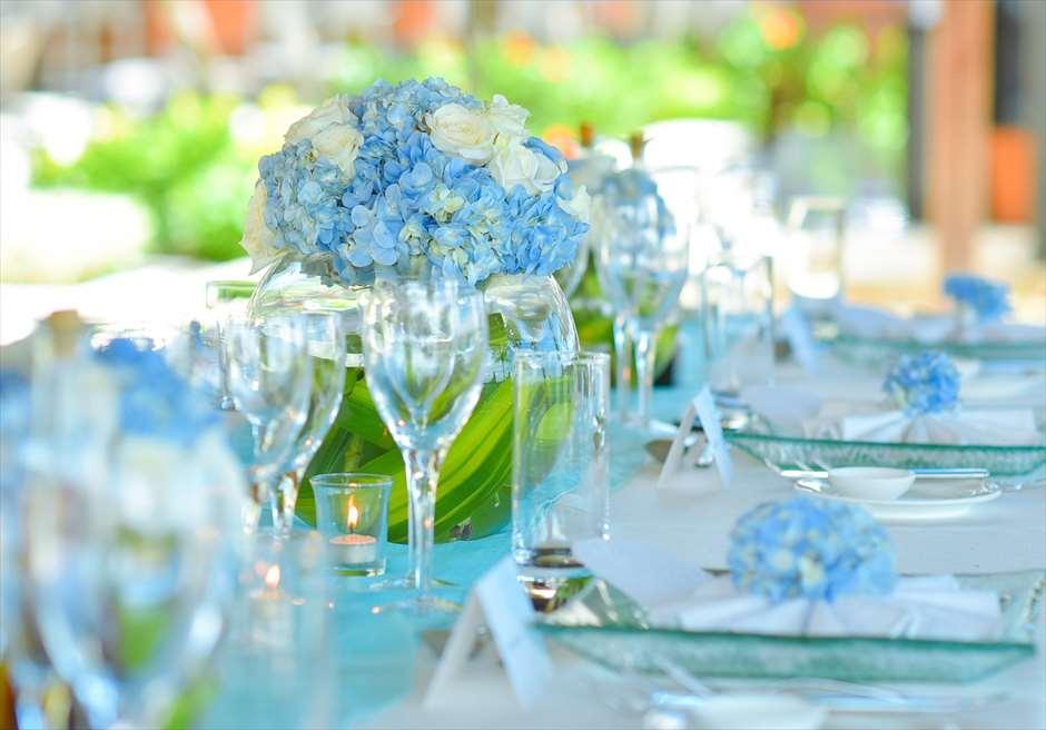 ブレス・バリ・オリジナル オール・ブルー・イン・アスティナ・チャペル<br /> ウェディング・ディナーパーティー・テーブル装飾