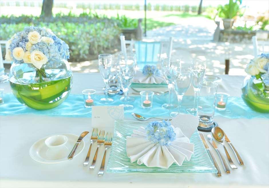 ブレス・バリ・オリジナル オール・ブルー・イン・アスティナ・チャペル<br /> ウェディング・ディナーパーティー・テーブルセッティング