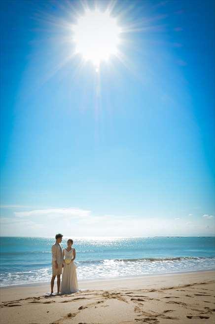 ベルモンド・ジンバラン・プリ・バリ<br /> ナチュラル&ラグジュアリー・ビーチウェディング<br /> 挙式会場となるジンバランビーチ