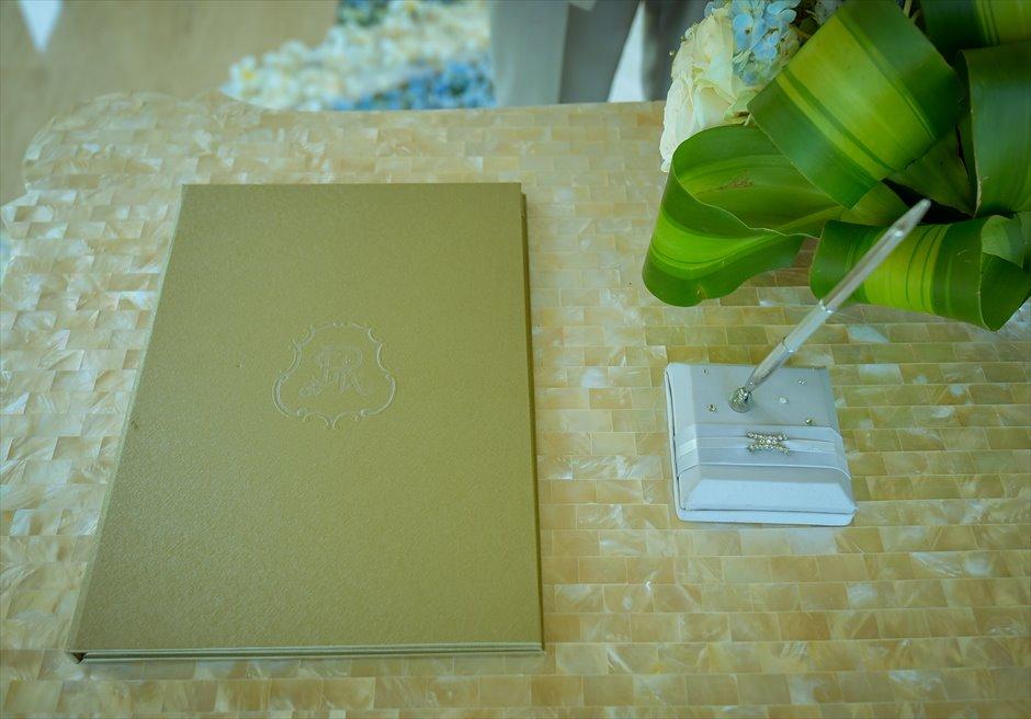 クラウド・ナイン・チャペル・アット・セント・レジス・バリ<br /> BLESS BALI オールブルー・ウェディング<br /> 祭壇、式次第