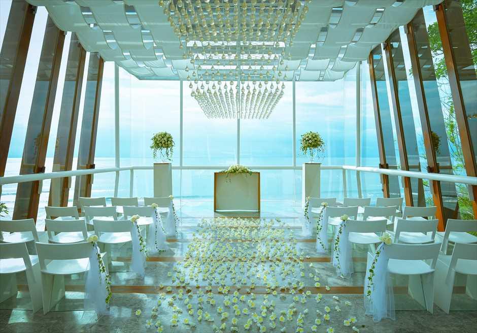 ブレス・バリ・オリジナル|デワ・デウィ・チャペル・オーシャンフロント・ウェディング|挙式会場装飾全景