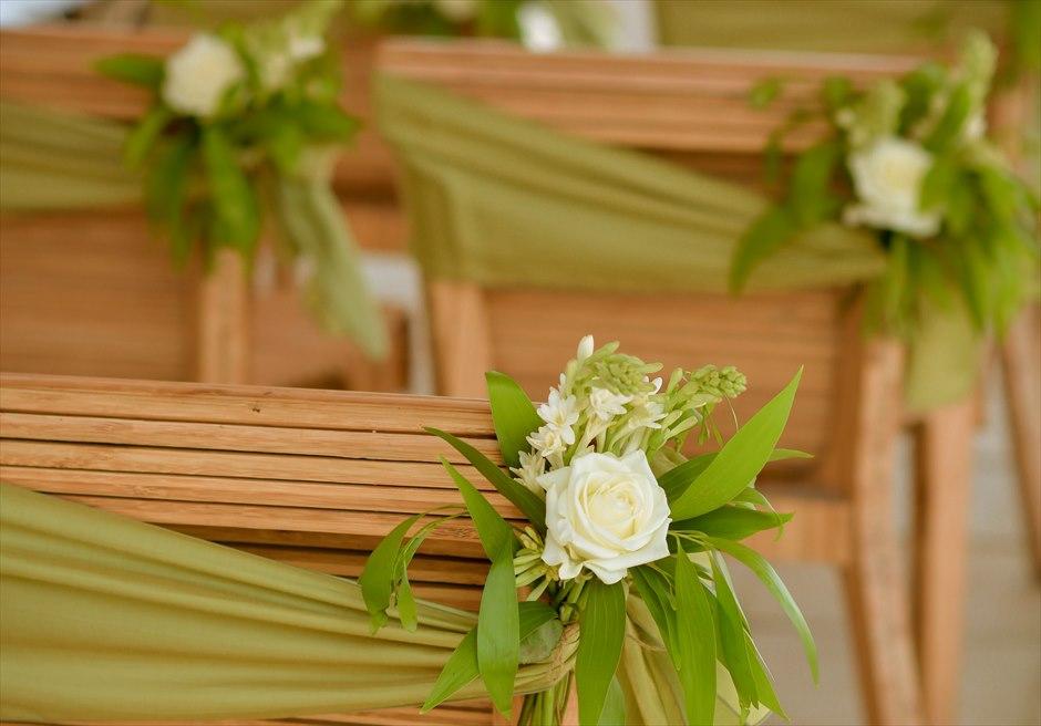 ベルモンド・ジンバラン・プリ・バリ バンブー・パビリオン・ウェディング セレモニーチェア生花装飾