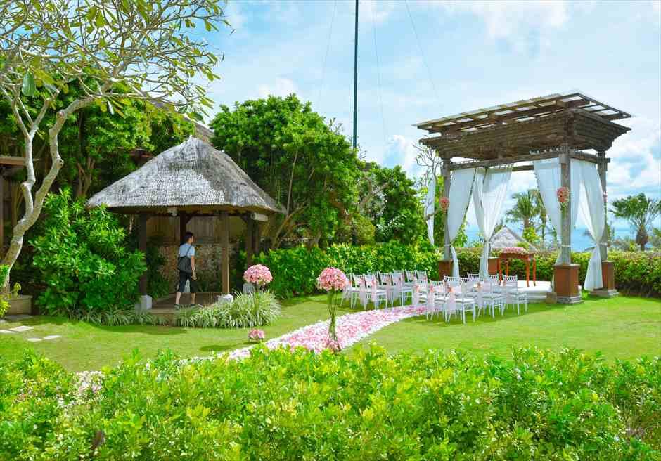 アヤナ・リゾート&スパ・バリ結婚式  アスマラ・ガーデン・ウェディング 挙式会場全景