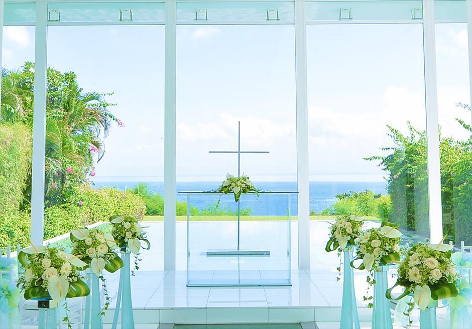 アヤナ・リゾート&スパ・バリ結婚式 アスティナ・チャペル 挙式会場装飾