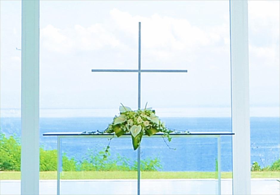 アヤナ・リゾート&スパ・バリ挙式 アスティナ・チャペル 祭壇装飾
