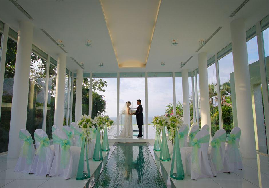 アヤナ・リゾート&スパ・バリ結婚式 アスティナ・チャペル・ウェディング 挙式シーン