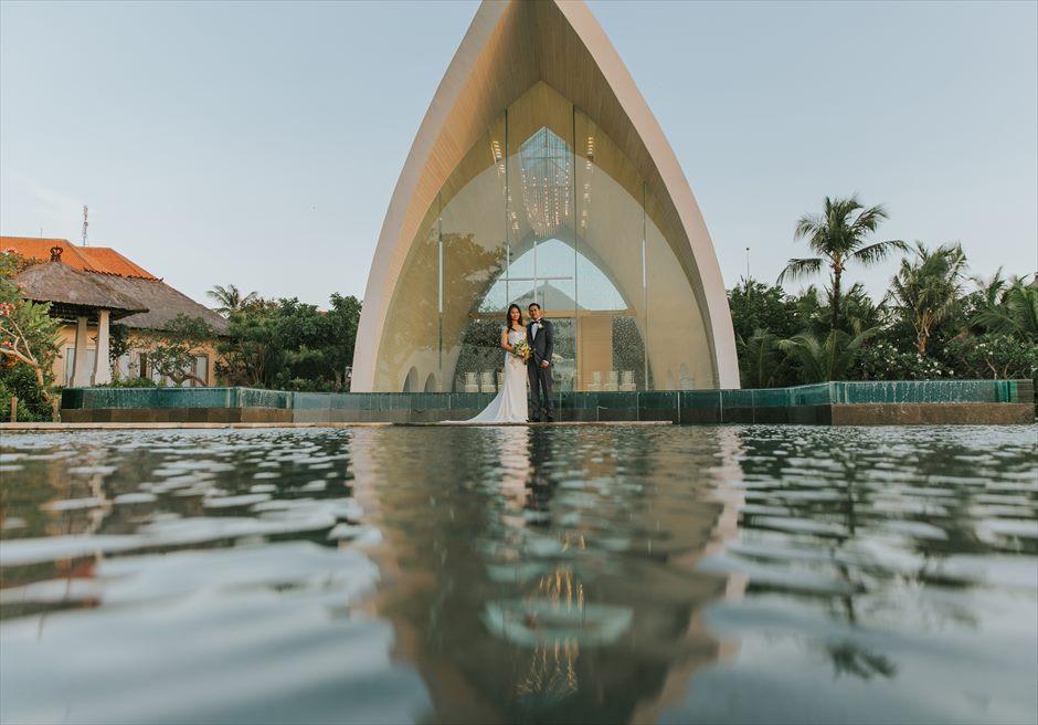 アヤナ・リゾート&スパ・バリ結婚式 トゥリスナ・チャペル挙式後撮影 チャペル ウェディング・フォト