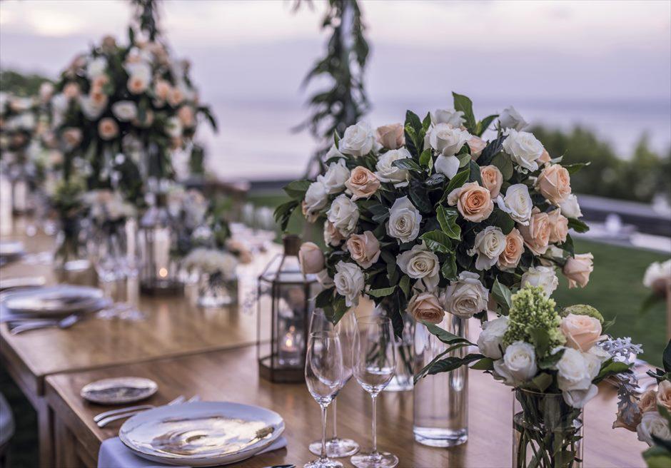 フォーシーズンズ・リゾート・ジンバラン インペリアル・ヴィラ  パーティー会場テーブル装飾