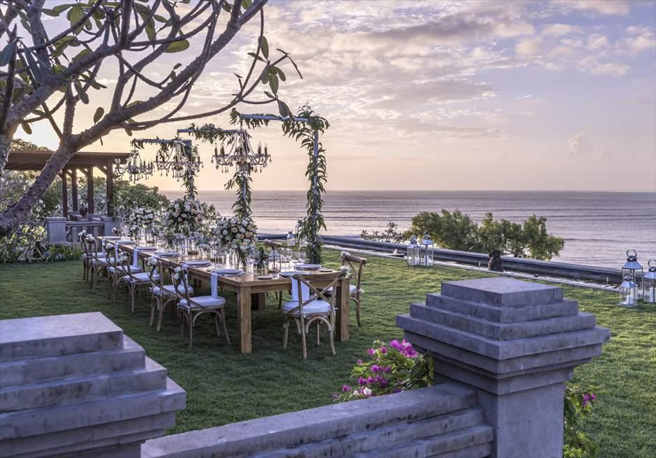 フォーシーズンズ・リゾート・ジンバラン・バリ インペリアル・ヴィラ挙式 ウェディングパーティー
