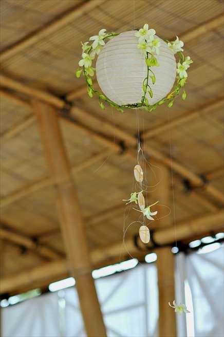 ベルモンド・ジンバラン・プリ・バリ<br /> ナチュラル・バンブー・パビリオン<br /> ランタン装飾