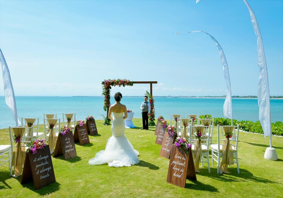 フォーシーズンズ・ジンバラン・バリ結婚式 ガーデン・ウェディング 挙式会場入場シーン