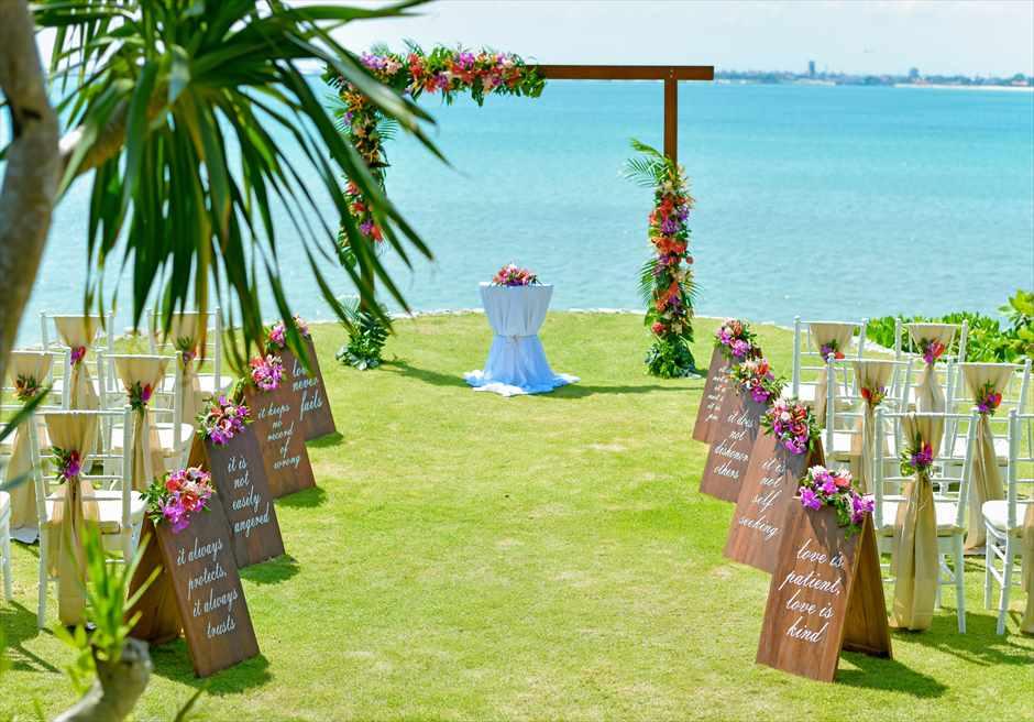 フォーシーズンズ・ジンバラン・バリ結婚式 ガーデン・ウェディング 挙式会場装飾