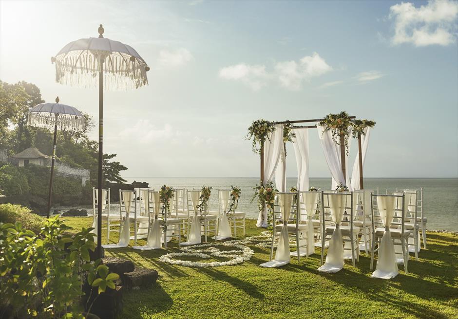 フォーシーズンズ・ジンバラン・バリ結婚式 ギリ・ジンバラン挙式会場 ガーデン・ウェディング