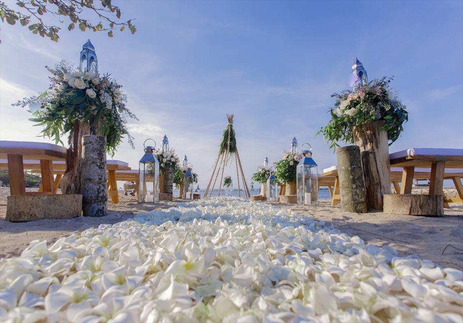 カユマニス・ヌサドゥア ビーチ・ウェディング ニュー・ホワイト 挙式会場全景
