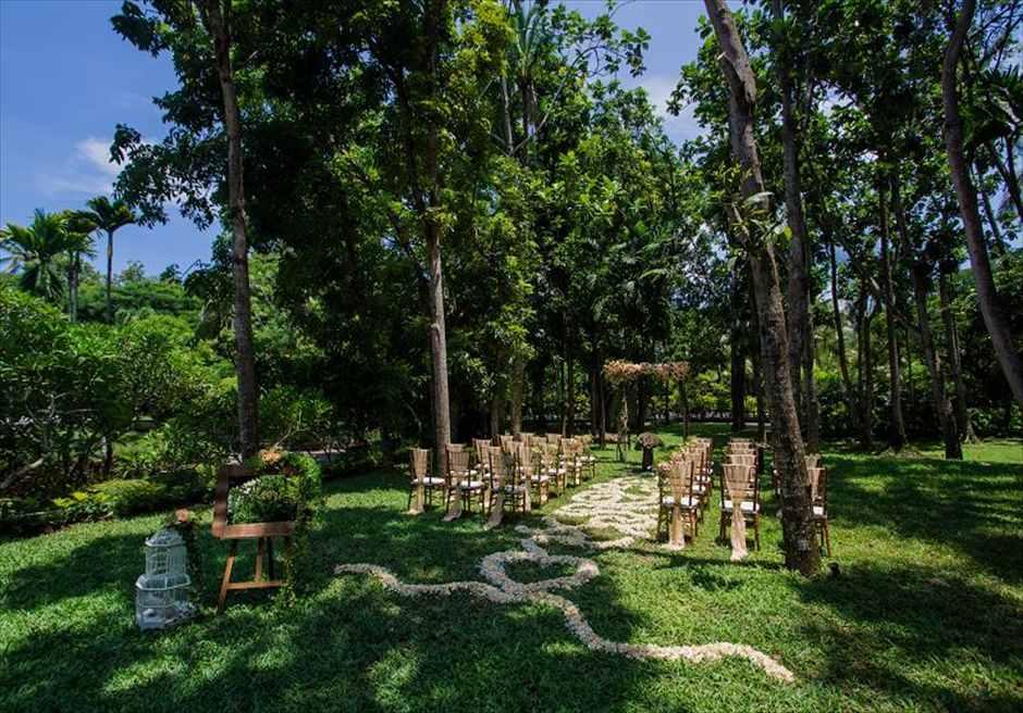 カユマニス・ヌサドゥア挙式 グリーン・パティオ・ガーデン・ウェディング 挙式会場全景
