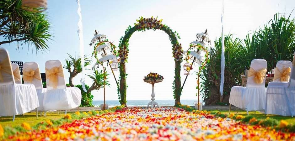 Beach Theater Wedding