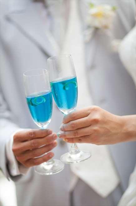 乾杯ドリンク<br /> アルコールかノンアルコールをお選びいただけます。