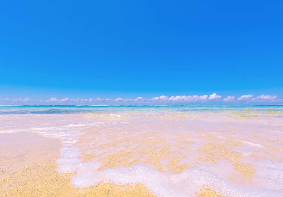青空ビーチフォトの舞台になるクラトン・ジンバランビーチ