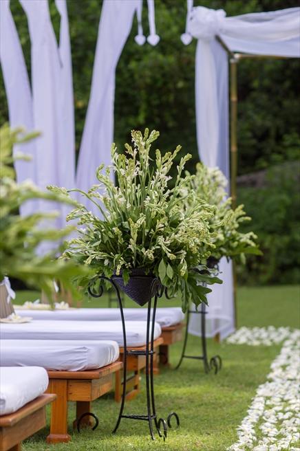 生花の装飾 チュベローズ