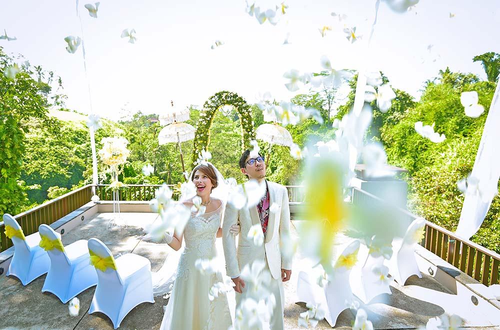 BLESS BALI オリジナル パノラミックスカイウェディグ 生花フラワーシャワー
