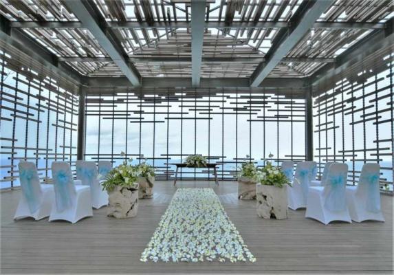 バリ島結婚式 アリラ・ウルワツ クリフ・エッジ・カバナ・チャペル・ウェディング