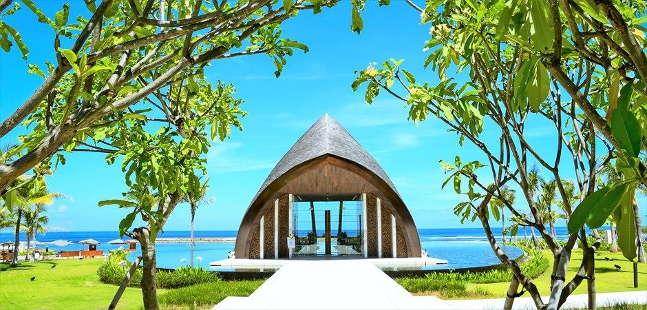 バリ島ウェディングの特徴-Chapel Wedding ~チャペル・ウェディング