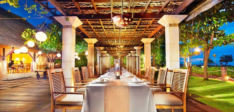 バリ島ウェディングパーティーの特徴-Restaurant Party|レストラン・パーティー