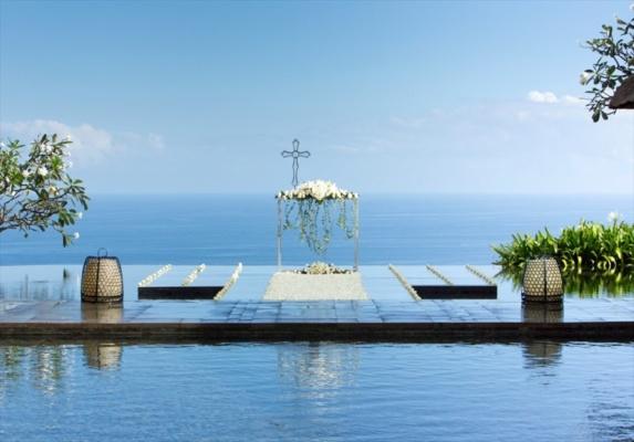 バリ島結婚式 ブルガリ・リゾート・バリ ウォーター・ウェディング