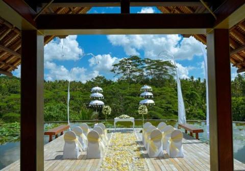 バリ島結婚式 フォーシーズンズ・サヤン挙式 ウブド・ウォーター・ウェディング