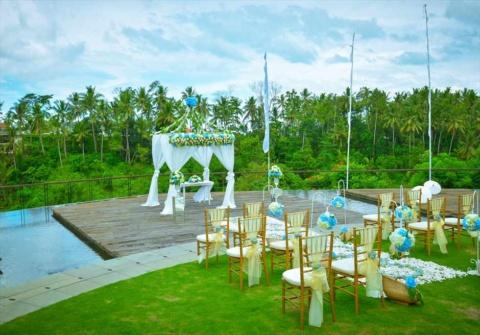 バリ島ウェディング カマンダル・ウブド挙式 水上&ガーデン 結婚式