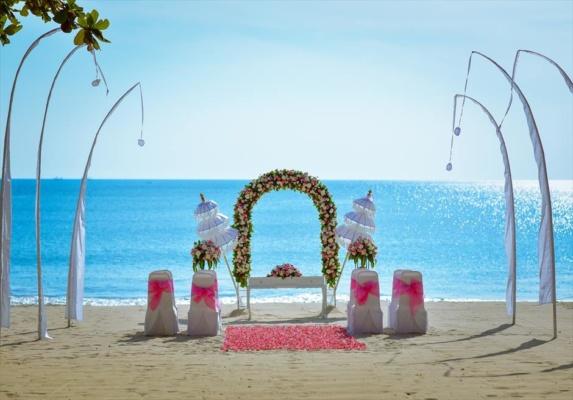 クラトン・ジンバラン・バリ結婚式 ビーチ・ウェディング 挙式会場