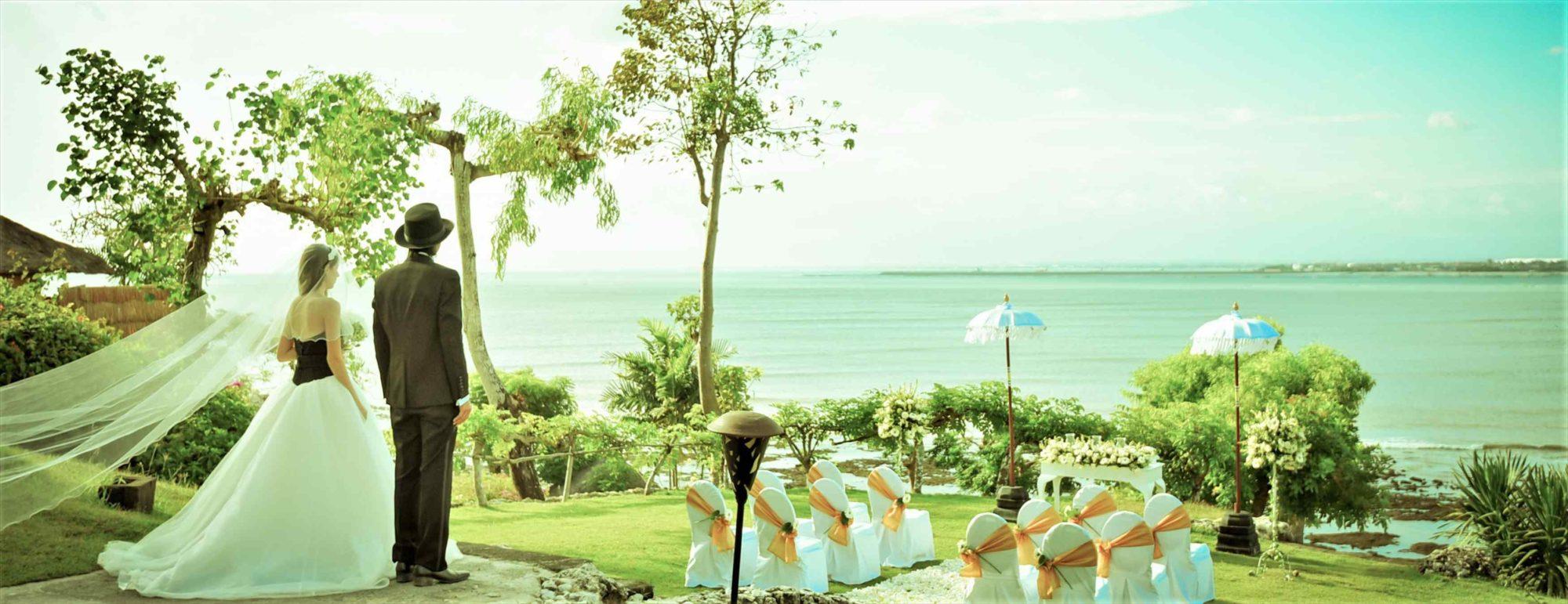 バリ島絶景のガーデンウェディング Fourseasons Resort Bali at Jimbaran Bay フォーシズンズ・リゾート・バリ・アット・ジンバラン・ベイ